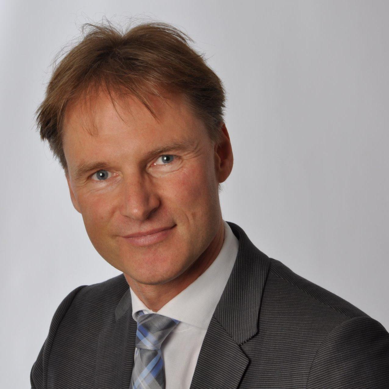 Prof. Stefan Wolfart